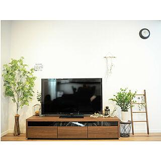 女性家族暮らし3LDK、LIXILテレビボードに関するpopoさんの実例写真