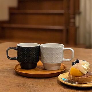 机/スイーツ♡/ナチュラル/マグカップ/セリアの食器...などのインテリア実例 - 2018-09-15 23:48:02