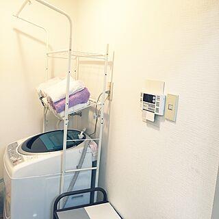 女性27歳の家族暮らし2DK、汚部屋なんで全体写せん(笑)に関するkarugoさんの実例写真