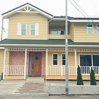 部屋全体/ルーバー/外観/ウッドデッキ/黄色い外壁...などのインテリア実例 - 2016-12-08 22:37:05