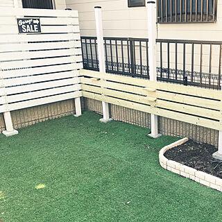 玄関/入り口/DIY/人工芝/ウッドフェンス DIY/庭...などのインテリア実例 - 2018-03-17 23:09:08