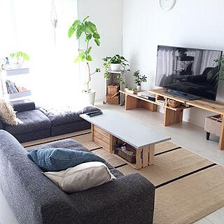 女性38歳の家族暮らし3LDK、伸縮テレビボードに関するmayuringoさんの実例写真