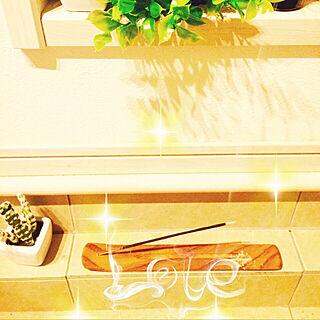 玄関/入り口/お香のある暮らし/癒しの空間/ラベンダーの香りに癒されます♡/ナチュラル...などのインテリア実例 - 2017-08-02 20:47:13