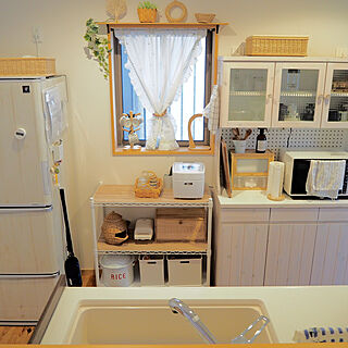 女性32歳の家族暮らし、スッキリキッチンに関するpink-mapleさんの実例写真