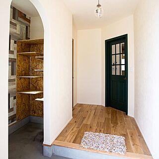 、の「玄関/入り口」についてのインテリア実例