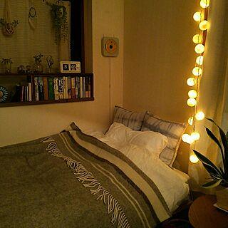 ベッド周り/寝室/ブランケット/ウール/一人暮らし...などのインテリア実例 - 2016-10-13 21:23:43
