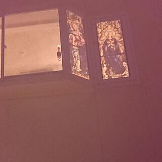 女性45歳の家族暮らし3LDK、ステンドガラスに関するkingandqueenさんの実例写真
