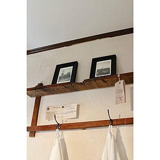女性家族暮らし3LDK、ナチュラル トイレの壁に関するpetitlapineさんの実例写真
