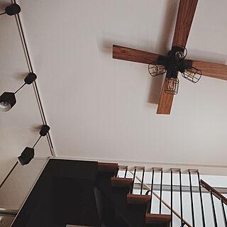 壁/天井/吹抜け階段/デザイン階段/ペンダントライト/シーリングライト...などのインテリア実例 - 2018-10-12 03:13:15