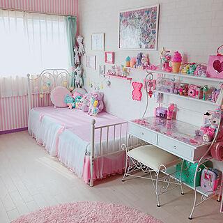 女性家族暮らし4LDK、かわいい壁紙に関するMA-KIさんの実例写真