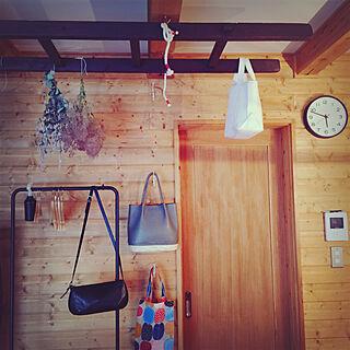 女性家族暮らし4LDK、吊るすに関するquatre-treeさんの実例写真