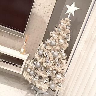 棚/ホワイトクリスマス/オーナメント/クリスマスツリー/クリスマス...などのインテリア実例 - 2017-11-12 17:24:31