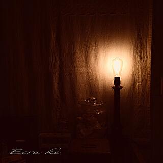 棚/ライト/照明器具/アンティーク/照明好き...などのインテリア実例 - 2017-12-07 00:15:41