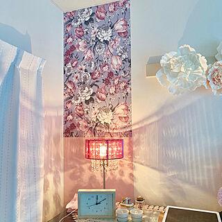 一人暮らし1K、お花の壁紙に関するmiyuさんの実例写真