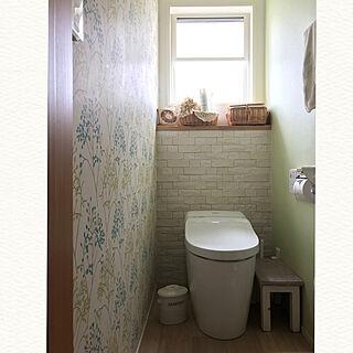 女性44歳の家族暮らし4LDK、トイレ 収納に関するmasoramiさんの実例写真