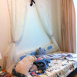 愛玩2号/天蓋付きベッドのつもり/実情のインテリア実例 - 2012-07-02 19:42:58