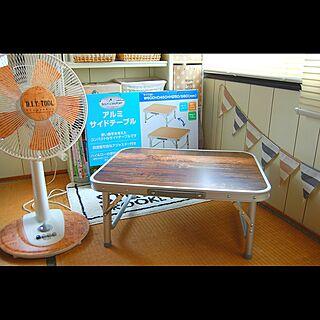 女性39歳の家族暮らし、テーブル用リメイクシートに関する...niko...さんの実例写真