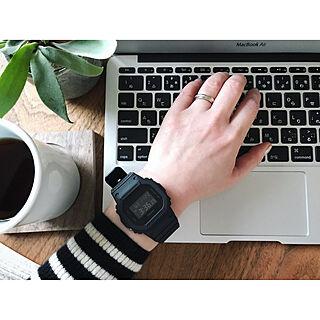 机/マグカップ/腕時計/MacBook Air/ウォールナット...などのインテリア実例 - 2017-11-22 15:58:57
