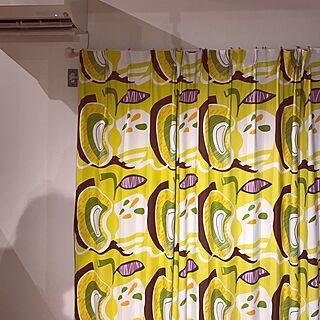 女性44歳の家族暮らし4LDK、POPカラー 2階リビングに関するmokomokoさんの実例写真