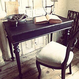 、アンティークテーブルに関するさんの実例写真