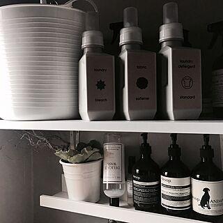 女性家族暮らし3LDK、洗面所と脱衣所を仕切る引き戸に関するmiiksさんの実例写真