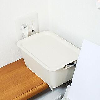 女性家族暮らし、コンセントボックスに関するtokimekiroomさんの実例写真
