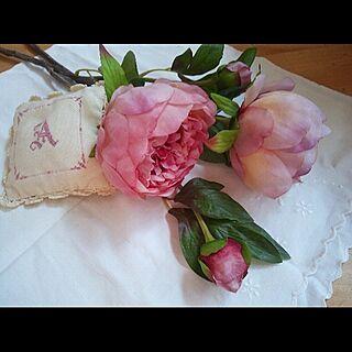 女性家族暮らし3LDK、フェイクフラワー薔薇に関する20rose_mamiさんの実例写真