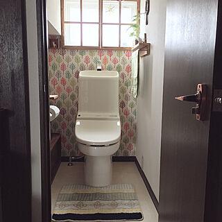 女性家族暮らし4LDK、トイレの窓に関するkotoriさんの実例写真
