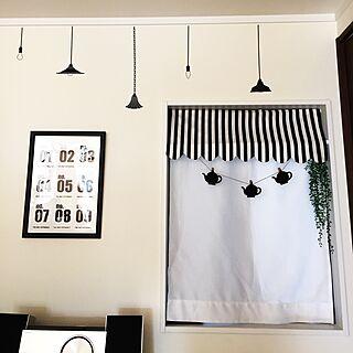 女性家族暮らし、モノトーン ポスターを早く飾りたいに関するcocoさんの実例写真