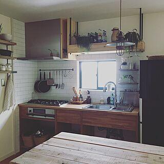 、家族住まいの「キッチン」についてのインテリア実例