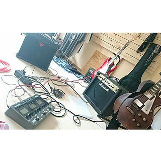 部屋全体/レスポール/ギター/デニム/エフェクター...などのインテリア実例 - 2017-06-25 12:44:04