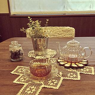 女性家族暮らし4LDK、ガラス雑貨に関するchikaさんの実例写真