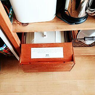 女性家族暮らし、ホットプレートの箱に関するHISORAさんの実例写真
