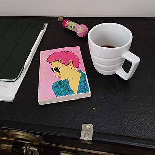 マグカップ/詩集/コーヒー/my favorite*/朝の読書のインテリア実例 - 2021-05-15 06:44:46