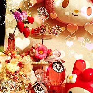 女性30歳の同棲1LDK、3段ケーキ皿に関するazumelodyさんの実例写真
