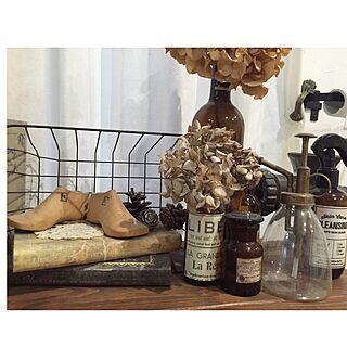 机/アンティーク洋書風リメイク/アンティークペーパー風/空き瓶リメイク/ワイン瓶リメイク...などのインテリア実例 - 2016-04-11 18:25:27