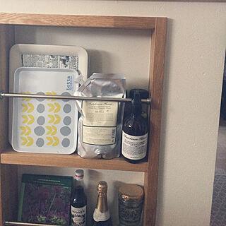 女性38歳の家族暮らし3LDK、キッチンの棚に関するshimoamさんの実例写真