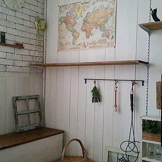 リビング/おもちゃ箱DIY/棚DIY/ファブリックレンガDIY/板壁DIY...などのインテリア実例 - 2014-12-11 13:08:35