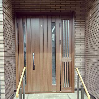玄関/入り口/YKK玄関ドア/玄関ドア/YKKap玄関ドア/ショコラウォールナットのインテリア実例 - 2021-03-08 13:55:36