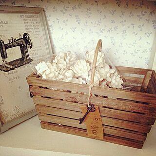 雑貨/デコレーションライト/花モチーフ/フレーム/木の…かご?のインテリア実例 - 2013-07-25 18:00:26