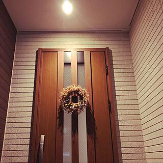 玄関インテリア/玄関リース/玄関扉/LIXIL/ワントーン...などのインテリア実例 - 2020-01-24 23:31:49