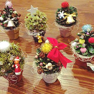 クリスマスツリー/手作り/まつぼっくりのツリーのインテリア実例 - 2014-11-17 17:26:00
