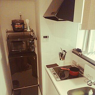 キッチン/シンプル/冷蔵庫の上/レンジラック/冷蔵庫...などのインテリア実例 - 2018-10-07 23:02:33