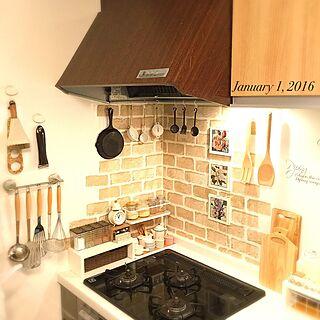 キッチン/フォロワー様ありがとうございます♥/キッチン周り/レンガ風/cafe風...などのインテリア実例 - 2016-01-01 21:26:33