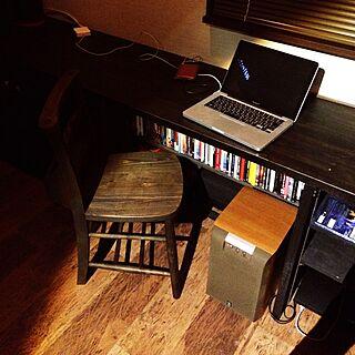 男性の、Other、一人暮らしの「机」についてのインテリア実例