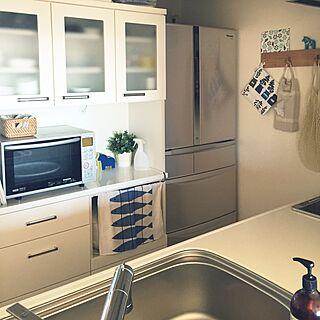 キッチン/IKEA 雑貨/シンプルキッチン/冷蔵庫/炊飯器隠し...などのインテリア実例 - 2016-02-17 10:08:52
