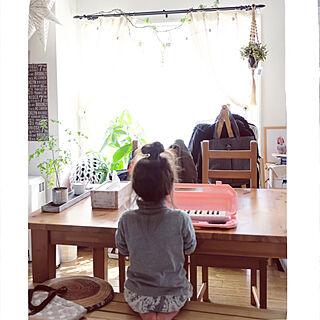 机/穏やかな休日/末っ子最強4歳児/IKEA ダイニングテーブル/暮らしの一コマ...などのインテリア実例 - 2018-03-25 09:40:03