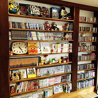 女性29歳の家族暮らし、本棚に関するkotaroさんの実例写真