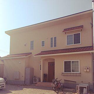 玄関/入り口/吹き抜け玄関/フラワーボックス/瓦屋根/窓フレームが白い...などのインテリア実例 - 2016-06-07 21:10:21