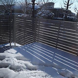 外構、雪前に終わって良かった/外構/こどもと暮らす。/ウッドデッキ/雪景色/くたくた...などのインテリア実例 - 2018-01-24 08:30:50